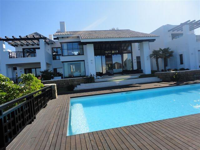 LUXURY VILLA FOR SALE IN LA ZAGALETA - Nevado Realty Real Estate in Marbella (4)