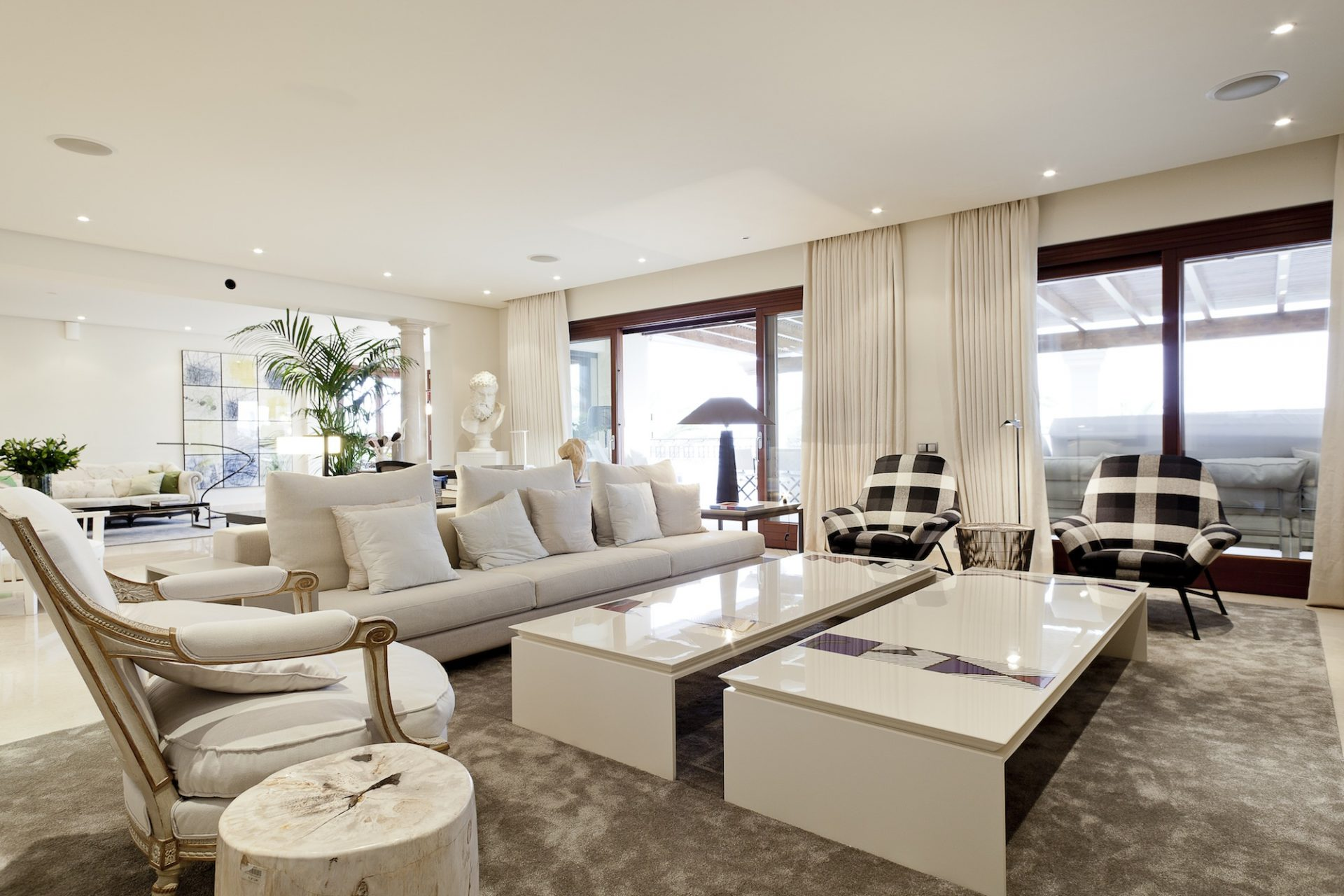 Nevado Realty in Marbella offers Vip Services