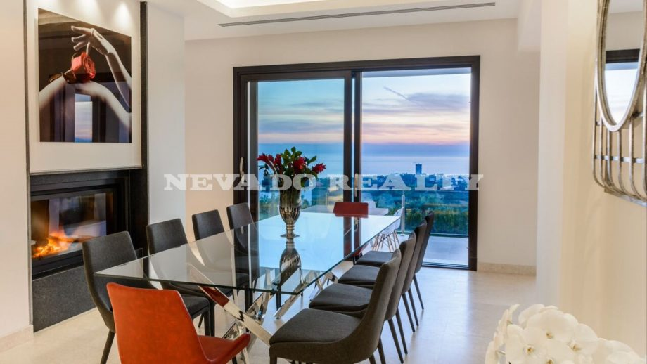 Luxury villa with panoramic sea views marbella