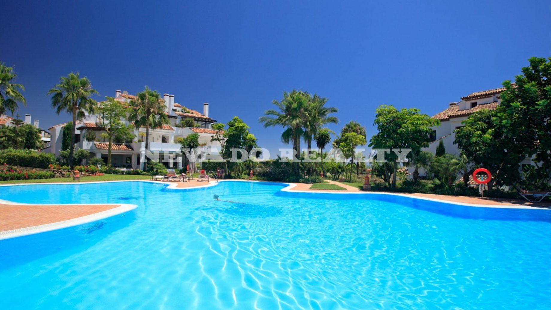 Apartamento a la venta en Monte Paraiso Country Club Marbella