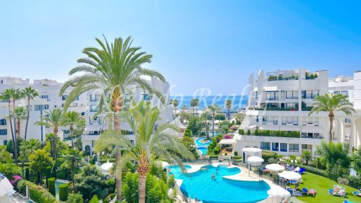 Discover Marbella House, the best urbanization of apartments on the second line of the beach in Marbella
