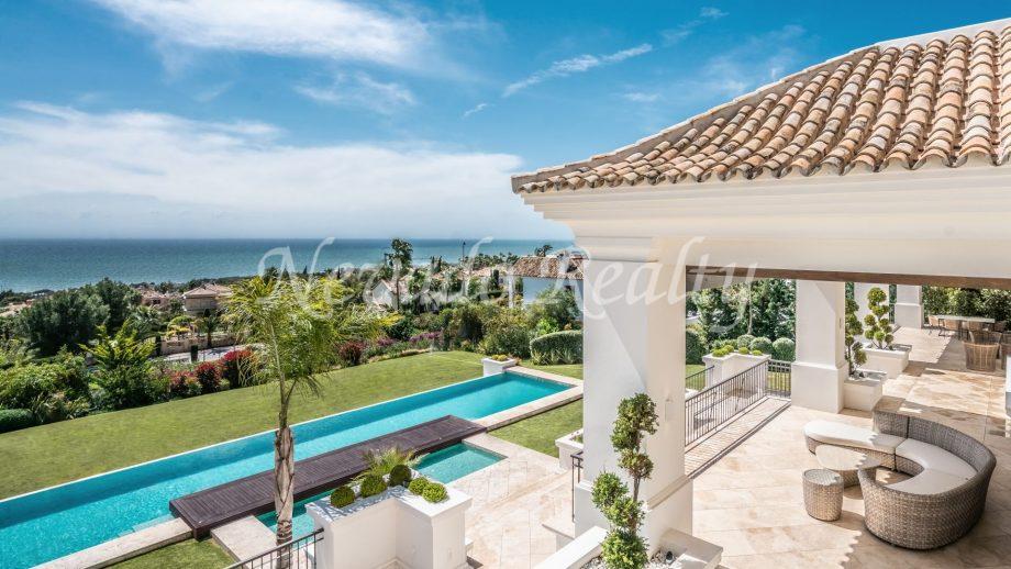 Stunning villa with sea views