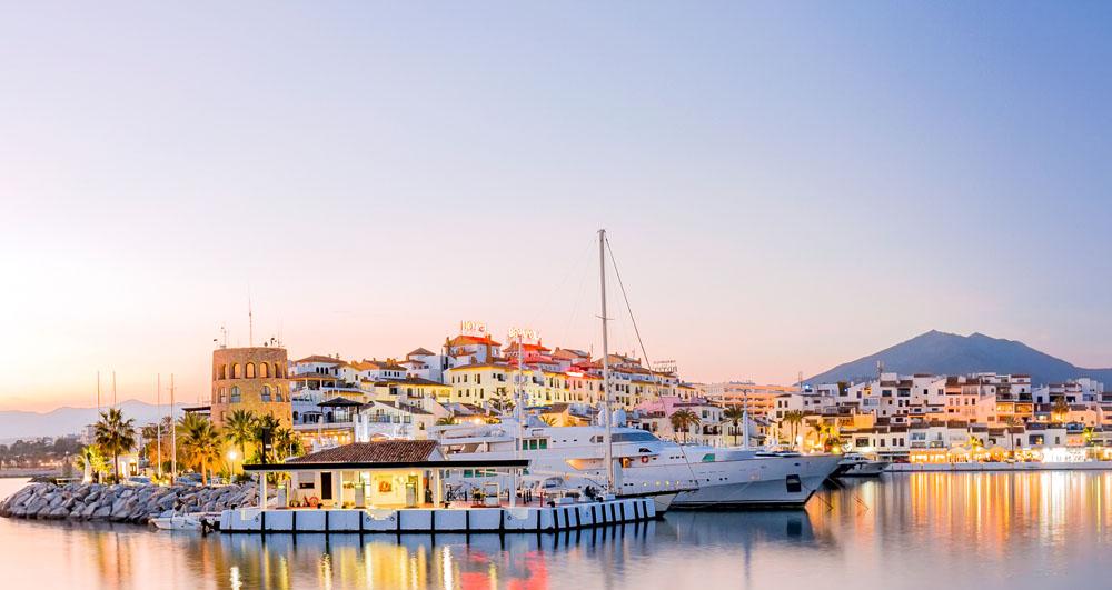 Foto de Puerto Banus, una de las mejores zonas para vivir en la Costa del Sol