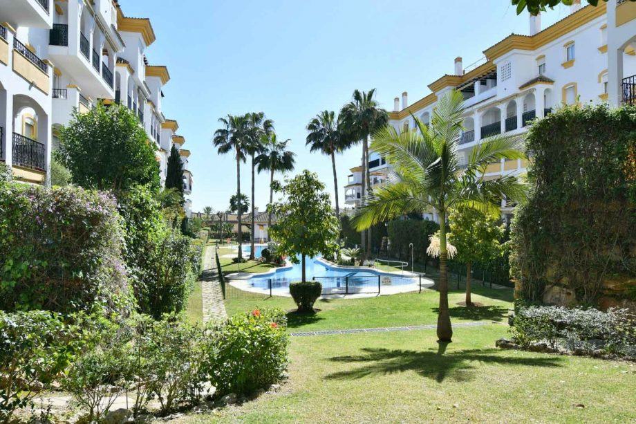 Penthouse for rent in Marbella, Nagüeles