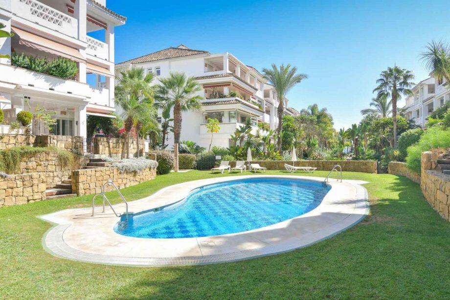 Alquiler en Las Cañas Beach, Marbella