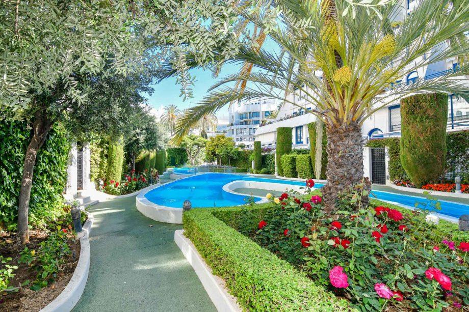 marbella-house-nevado-realty