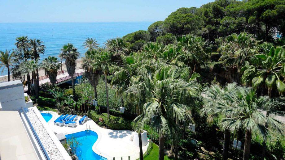 Apartamento en Gran Marbella con vistas al mar