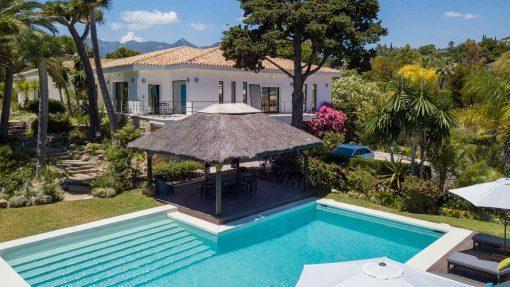Villa in Río Real sold by Nevado Realty