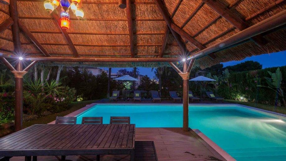 Villa à Rio Real vendue par Nevado Realty